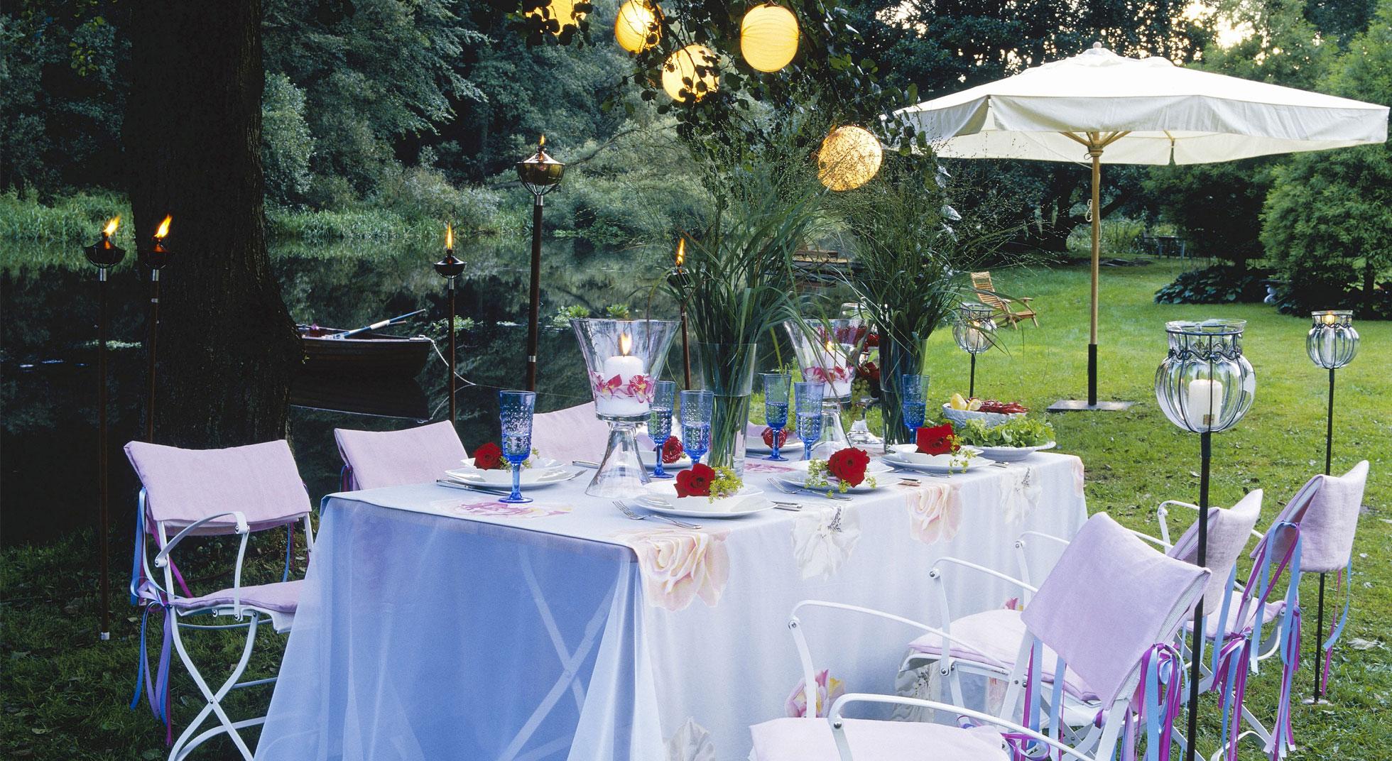 Cena in giardino 4 idee per organizzare la cena perfetta for Organizzare giardino