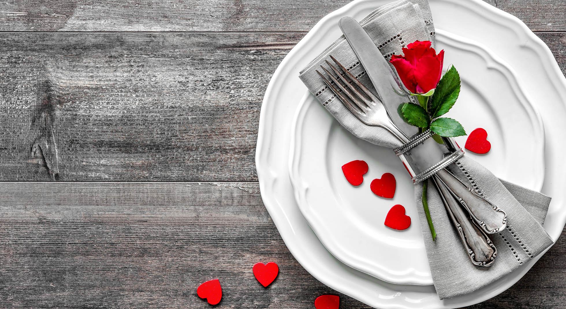 Come apparecchiare la tavola per san valentino tutte le idee aia food - Idee tavola san valentino ...