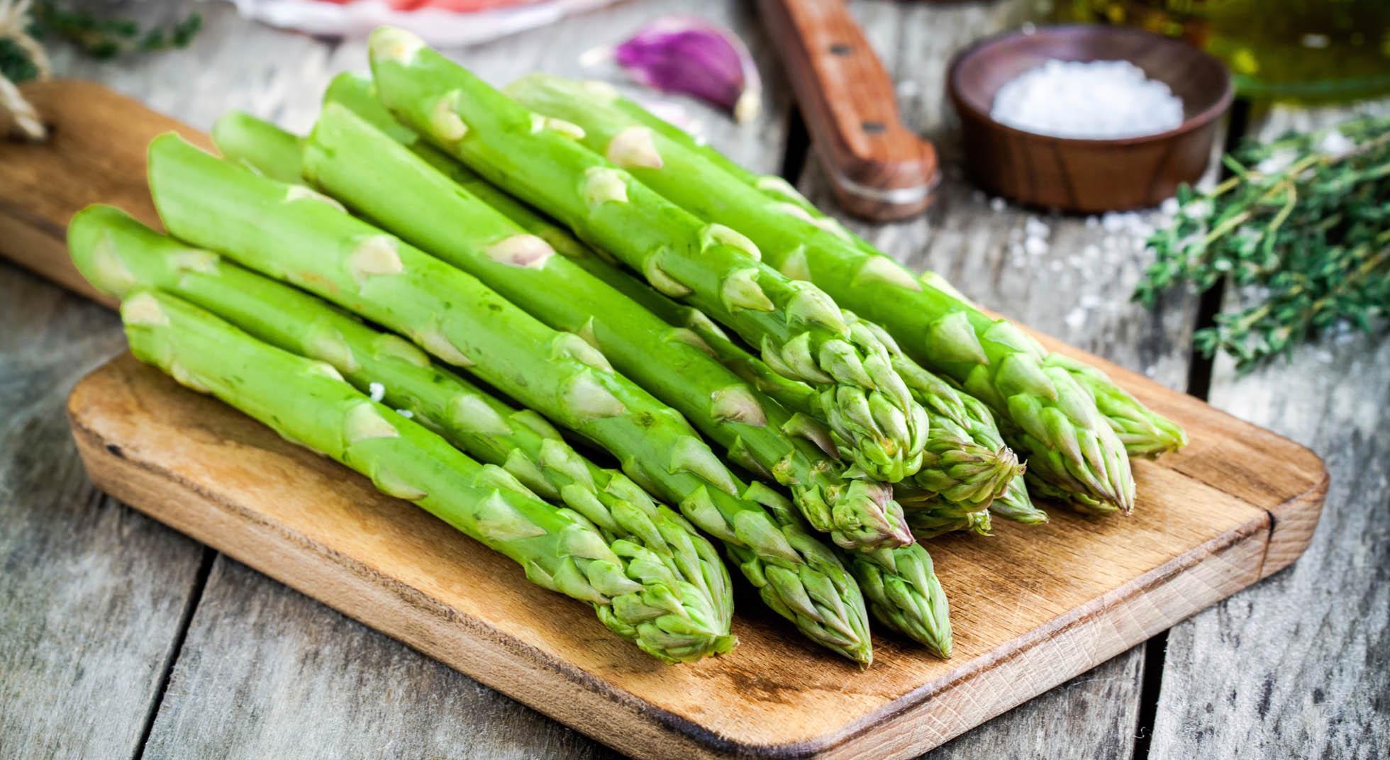 Risultati immagini per asparagi