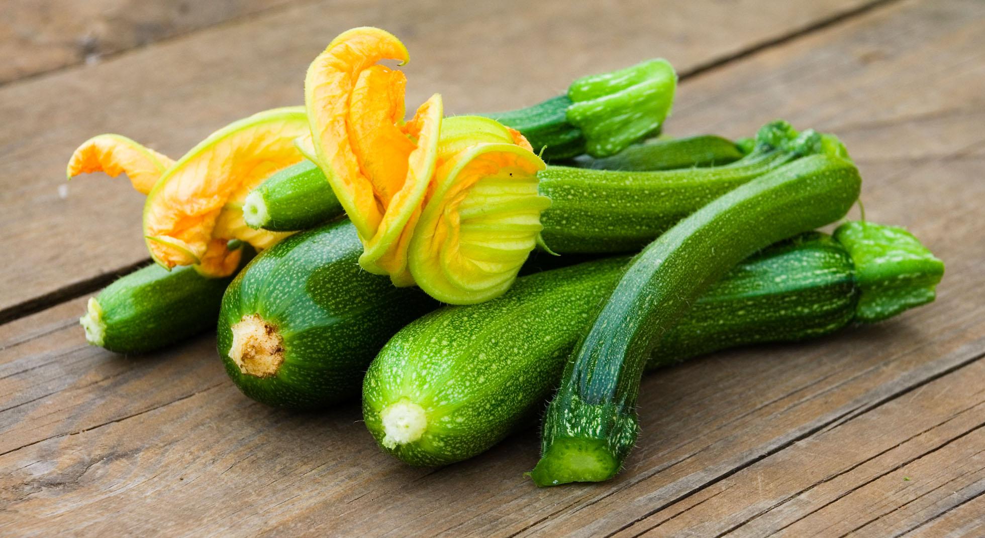 Come cucinare le zucchine in padella aia food for Cucinare le zucchine