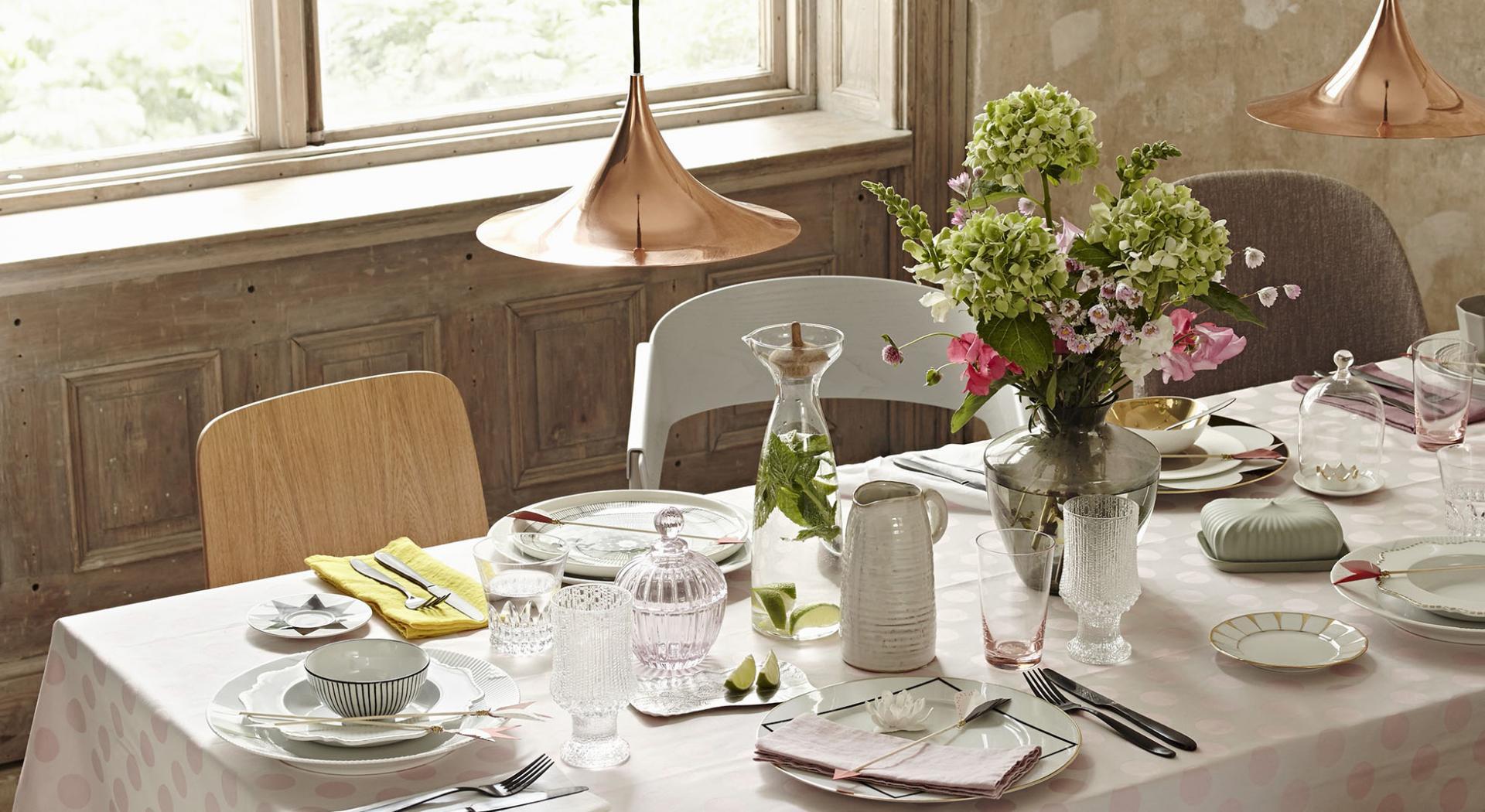 Come Apparecchiare La Tavola Galateo galateo: come servire a tavola in modo impeccabile | aia food