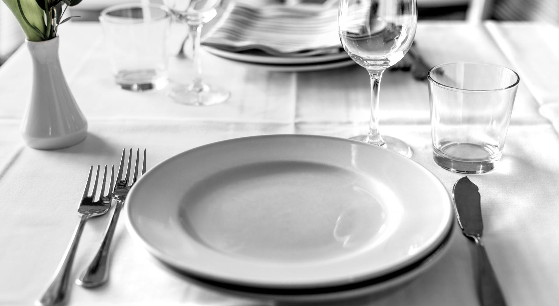 Come Apparecchiare La Tavola Galateo dove si mettono le posate a tavola