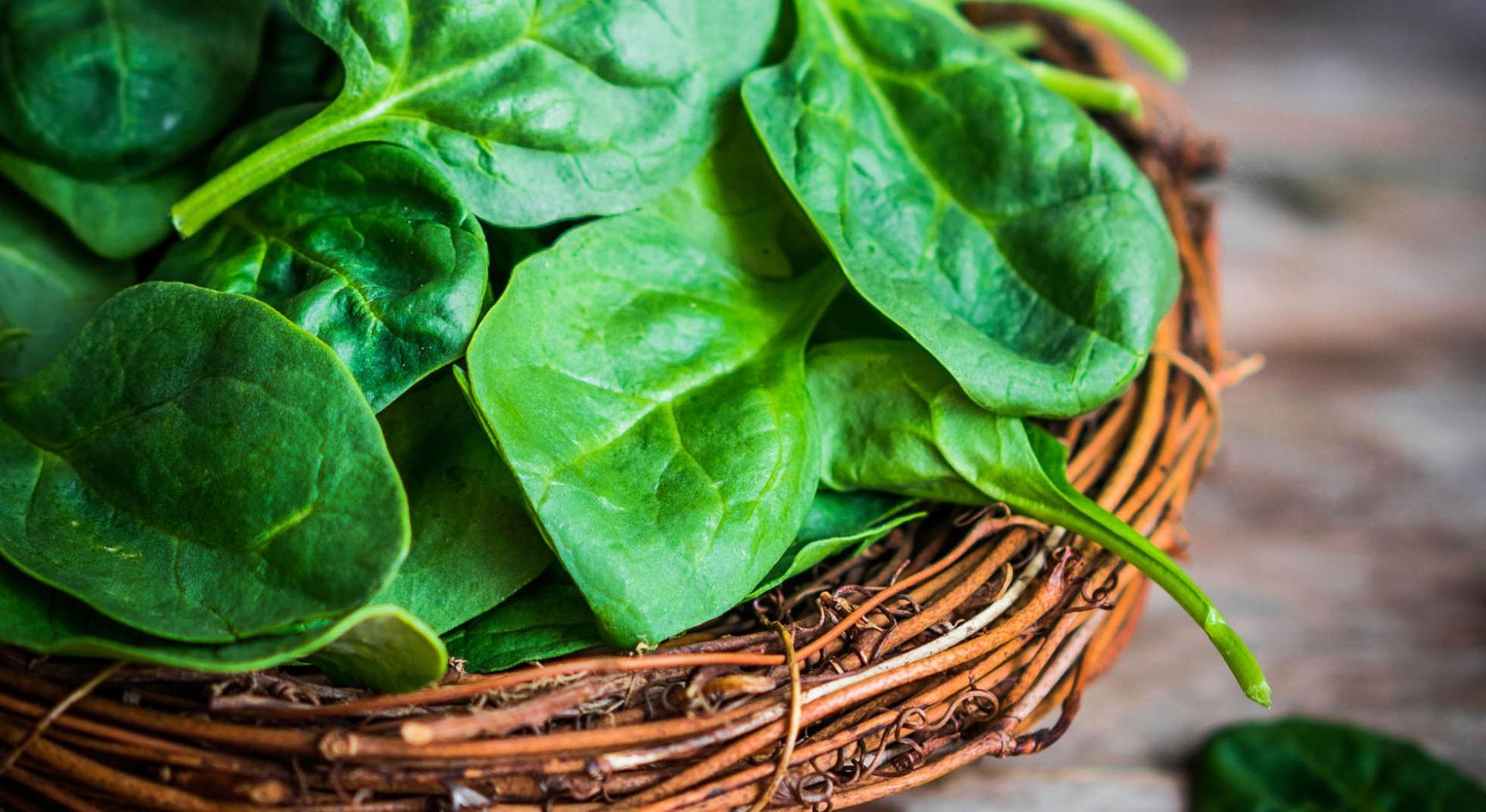 Come Pulire E Cuocere Gli Spinaci Aia Food